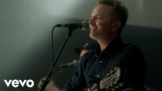 Chris Tomlin   Is He Worthy? (live)