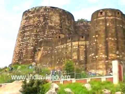 Walls of Jhansi Rani Fort, Uttar Pradesh