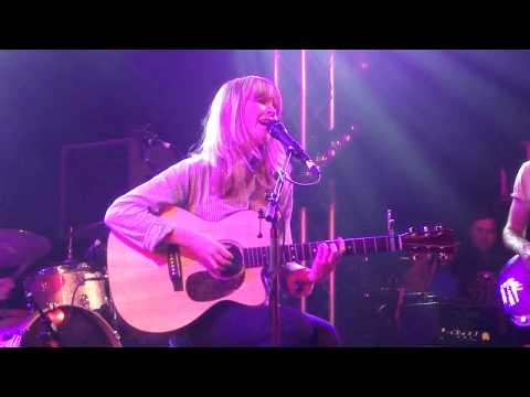Lucy Rose - Red Face (live) - Reading Festival, Festival Republic Stage, 24 August 2012