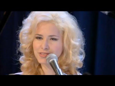 Nellie McKay - I Want to Get Married - Great Wall Concert - Allusion StudiosKaynak: YouTube · Süre: 2 dakika20 saniye