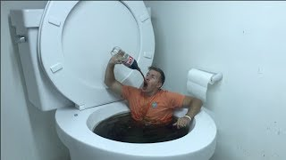 WORLDS LARGEST TOILET FLUSHING DIET COKE