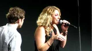 Phillip Phillips & Elise Testone - Somebody That I Used To Know ( American Idols Live Orlando, FL )