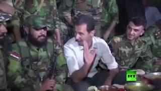 الأسد يتناول الإفطار مع الجنود بمطار مرج السلطان    27-6-2016