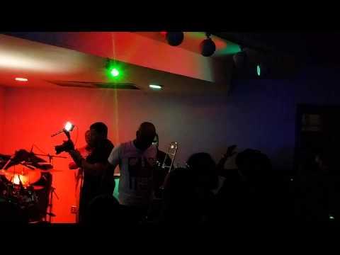 Nu Look - La vie (DP Express) Live Brasserie  -