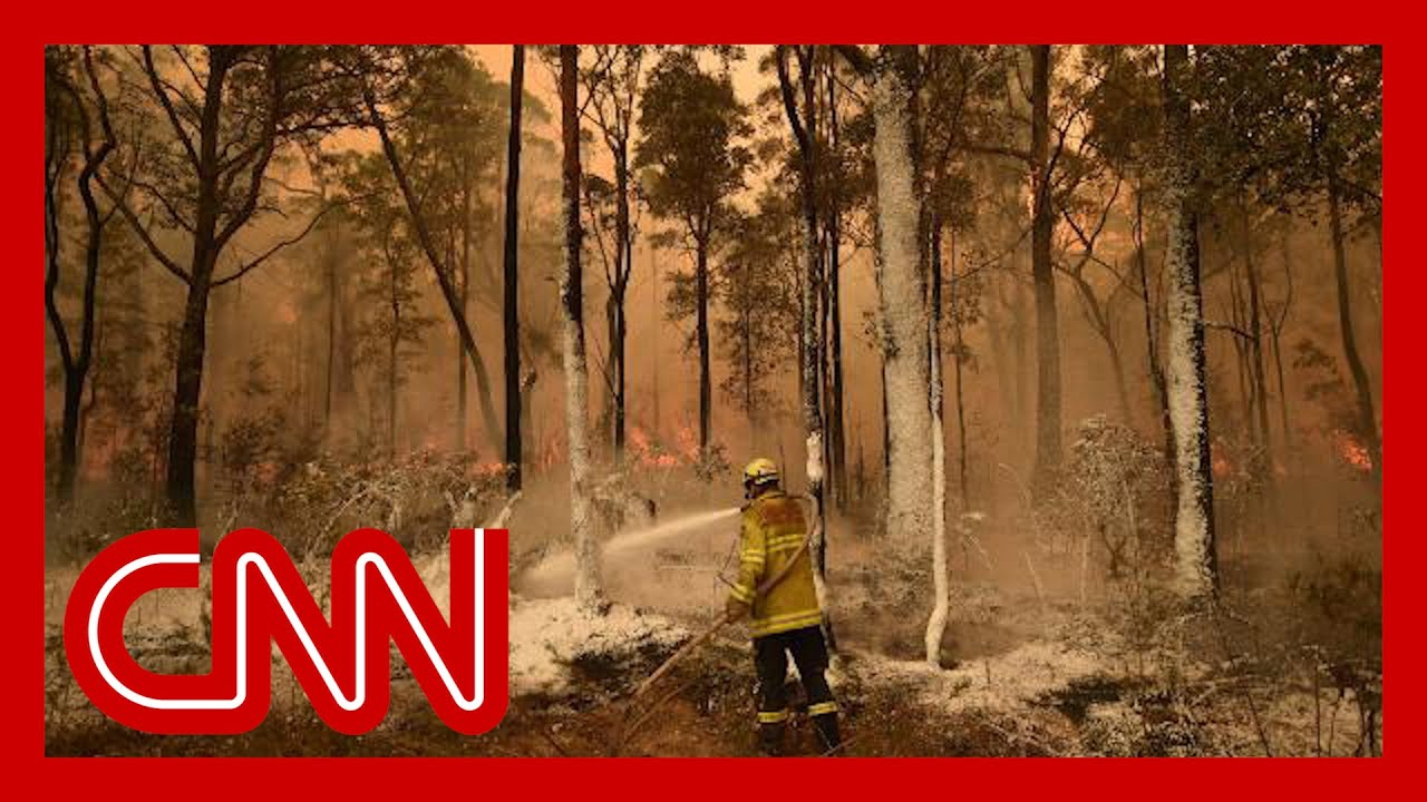 Australians urged to evacuate as fires show no sign of stopping