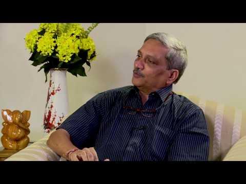 Raksha Mantri, Manohar Parrikar speaks to Nitin A Gokhale - AERO India 2017