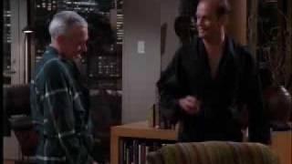 """Frasier cuarta temporada capitulo 8 """"Nuestro Padre Cuyo Arte no es Celestial"""" 3/3 (Audio Latino)"""