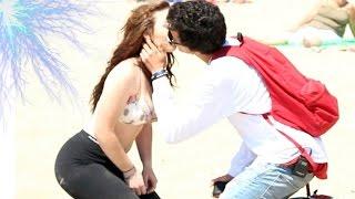 BESO O TOQUES CON CHICAS SEXIS (KISSING PRANK) Besando Desconocidas