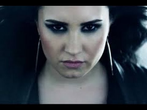 Demi Lovato: Official Video Heart Attack Makeup Tutorial
