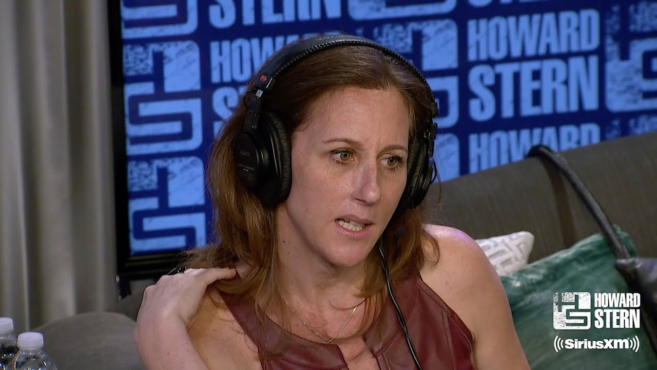 Howard Stern tells Kim Goldman: OJ Simpson should be thrown off Twitter