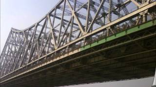 HOWRAH BRIDGE ON RIVER GANGA, KOLKATA, WEST BENGAL.wmv