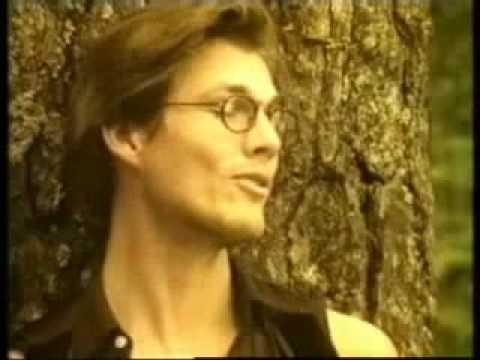Morten singing a Norwegian lullaby in 1993