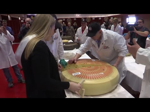 wisconsin-hosts-world's-largest-cheese-competition