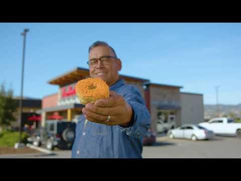 蒂姆·霍顿斯于9月30日至10月6日在加拿大各地推出募款甜甜圈,以支持寄宿学校的幸存者