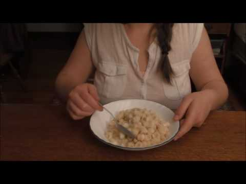 ASMR Eating Sounds - Annie's Mac & Cheese for Dindin and Softly Chewing ~ Whispering Sounds