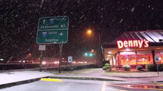 Snow - Everett, Washington - December 19th 2012