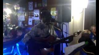 Jose Efraime: Mack the Knife - live in Laly's Bar 25.5.2013