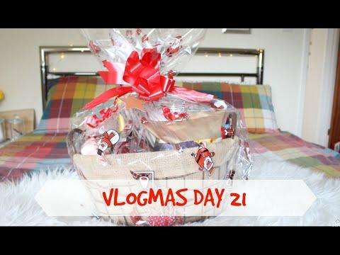 Christmas Hamper Gift Idea   VLOGMAS DAY 21