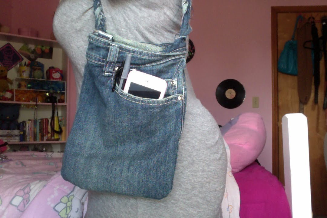 DIY: Turn Jeans into a Purse! - YouTube
