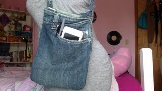 DIY: Turn Jeans into a Purse!