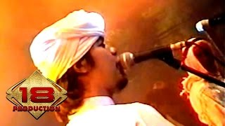 Video Dewa 19 - Cinta Gila (Live Konser Surabaya 6 November 2005) download MP3, 3GP, MP4, WEBM, AVI, FLV Juli 2018