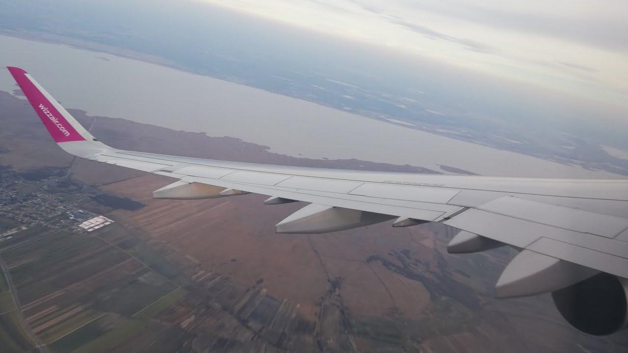 Full flight report | Wizzair UK Aibus A320 | London Luton - Prague | Storm Ciara | Trip to Russia
