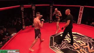 Darragh Kelly vs Wayne Hughes - Clan Wars 32
