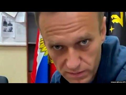 Навального убирают на месяц. Кремль за это накажут