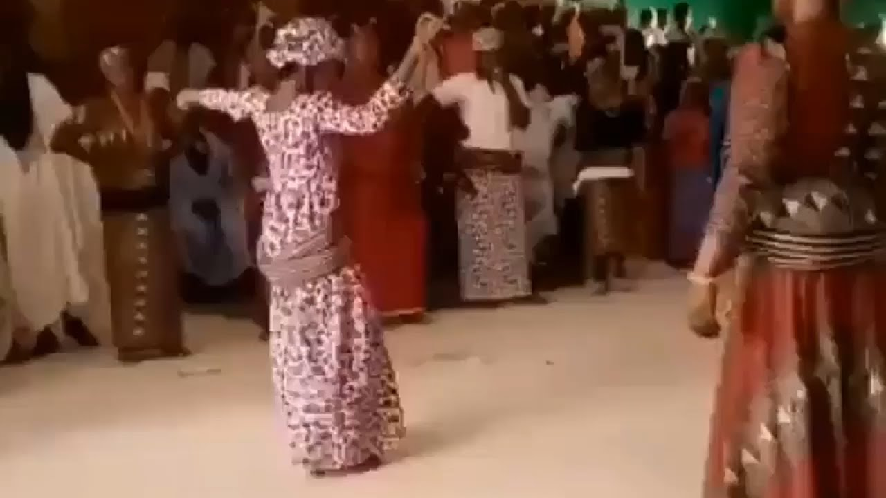 Download Best Tsakan Nupe Dance by Nupe ladies