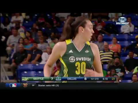 Breanna Stewart Pours in Season-High 30 Points & 10 Rebounds