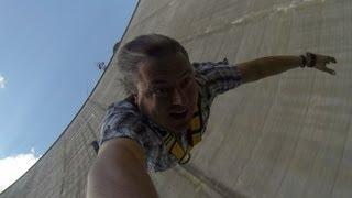 Golden Eye Bungee Jump @ Verzasca 1st View (Realtime+GoPro)