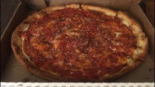 シカゴ風のピザです〜 アメリカではニューヨークスタイル、カルフォルニ...