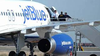 Jet Blue Flight 191 Emergency Audio Recording (OFFICIAL)