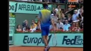 Guga X Mathieu - despedida de Guga das quadras - Roland Garros 2008 - www.grandesjogosdetenis.com