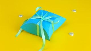 Подарочная коробочка в стиле Тиффани своими руками(Как сделать подарочную коробочку своими руками? В этом мастер-классе мы покажем, как из картона создать..., 2016-06-13T14:00:01.000Z)