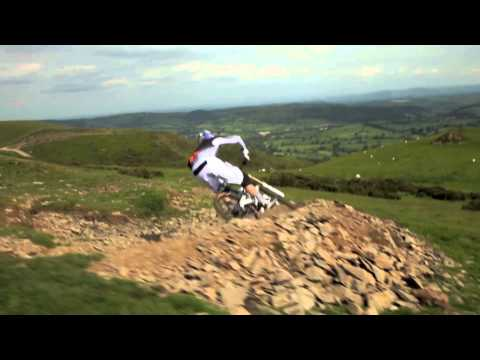 GEE ATHERTON // ONE INDUSTRIES