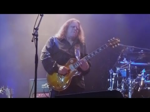 Multi-Cam Video | Warren Haynes Guests With DMB On Watchtower