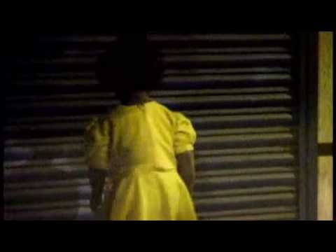 girl in a yellow dress 512k.mp4