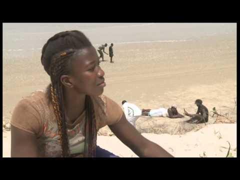 Senegal's female wrestlers fighting prejudice