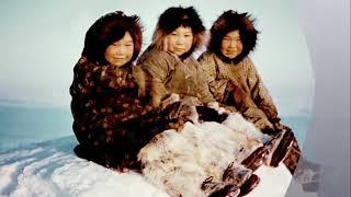 Зачем эскимосы  оголяются на  ночь?