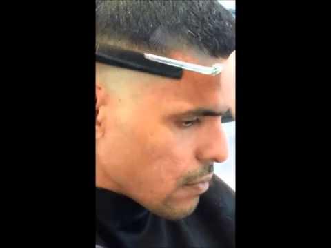 Taglio di capelli con rasoio uomo