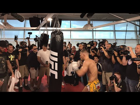 Floyd Mayweather vs Conor McGregor Live Conor McGregor Workout