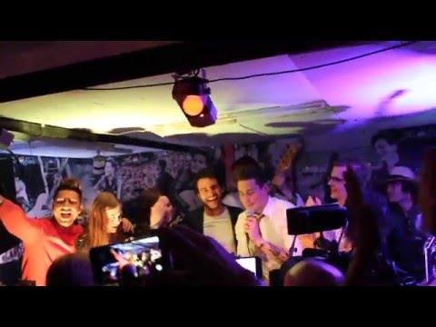 ESCKAZ in Stockholm:  Eurovision-2016 stars - Hey Jude (Douwe Bob bar opening)