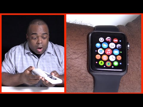 APPLE WATCH UNBOXING - Playing GAMES!