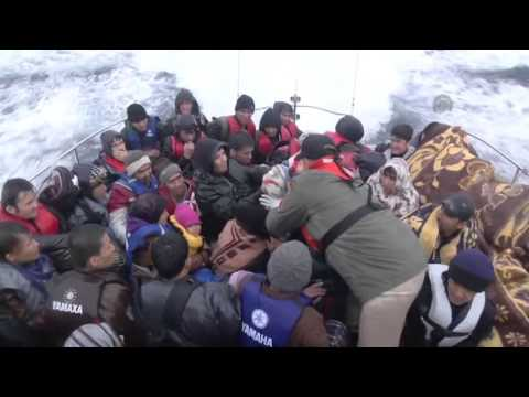 Coast guards rescue refugees off Turkish shores