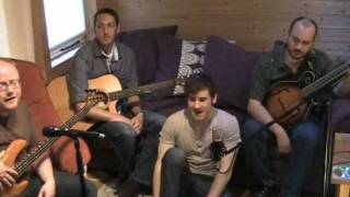 Circus Envy play Bright Phoebus (Mike Waterson tribute)  - live folk music video