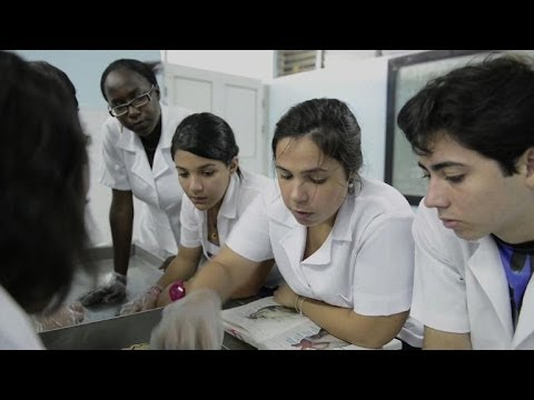 Students flock to Cuba's Medicine School