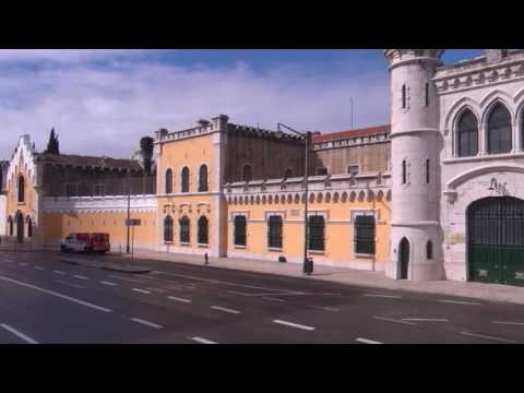 Take a Bus Ride Through Lisbon ( Lisboa Portugal)
