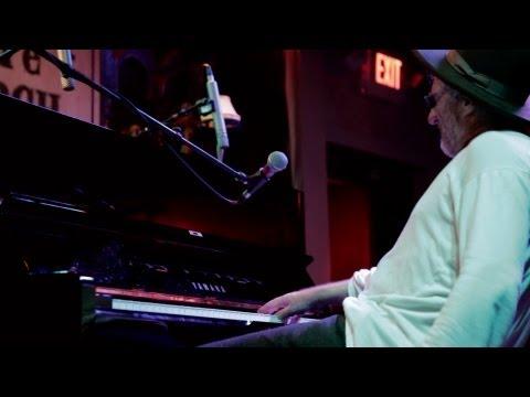 Jon Cleary - Tipitina (Sitting In)