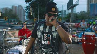 EX-NOVIOS feat. Renato - Soy El Mas Sensual (LIVE at Corredor Sur)